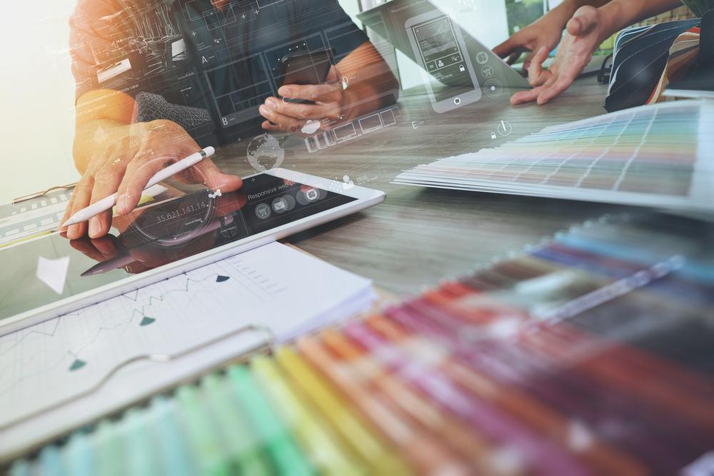 Feinplanung - Festlegung der Farben, der Inhalte